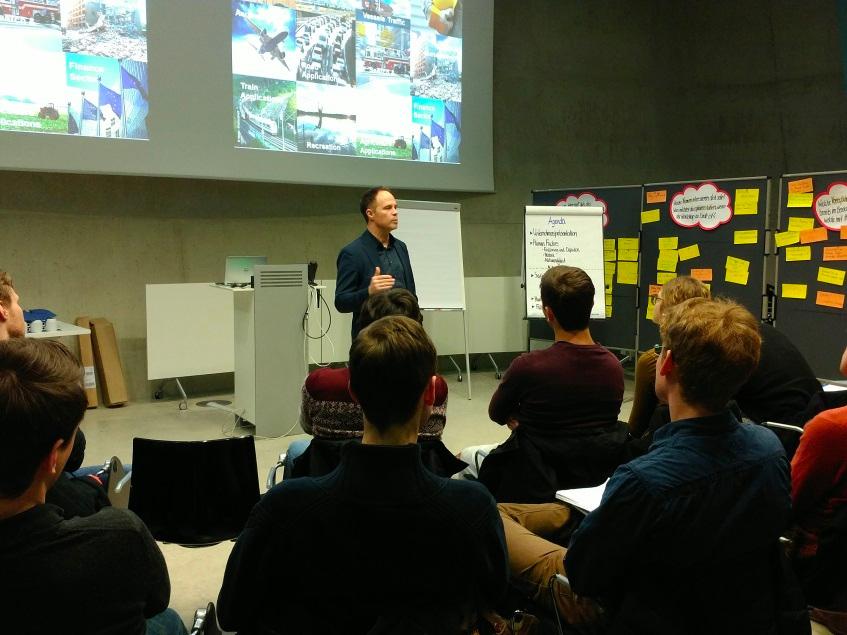 Kooperation der DLR GfR und der TU München